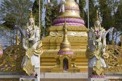 Ángel en Phra ese gongo de Gu en Wat Srabokaew Fotografía de archivo libre de regalías