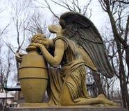 Ángel que llora Imagen de archivo