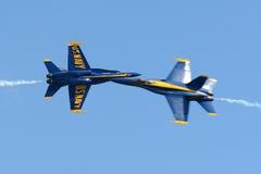 Ángeles azules en el gran salón aeronáutico de Nueva Inglaterra Foto de archivo