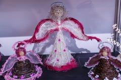 Ángeles de la boda para los recienes casados Imagenes de archivo