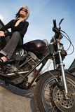 Ángulo de la muchacha de la motocicleta Imagen de archivo libre de regalías