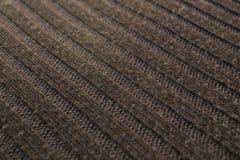 Ángulo hecho punto de lana de la tela de Brown Imágenes de archivo libres de regalías