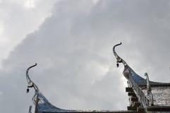 Ápice del aguilón en la iglesia de plata del tejado Imágenes de archivo libres de regalías
