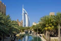 Árabe Dubai do al de Burj fotografia de stock royalty free