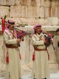 Árabes jordanos que juegan música tradicional fotografía de archivo