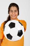 Árbitro com uma esfera de futebol Fotografia de Stock Royalty Free