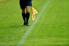 Árbitro do assistente do futebol Foto de Stock