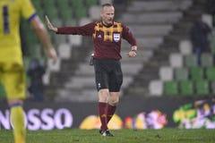 Árbitro do futebol, Marcin Borski Imagem de Stock