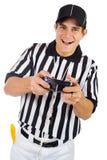 Árbitro: Guardando um controlador do jogo de vídeo Imagem de Stock
