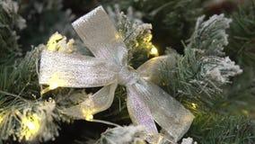 Árbol adornado del Año Nuevo almacen de video