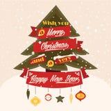 Árbol clásico y tarjeta de felicitación de la nieve que cae. Imagen de archivo libre de regalías
