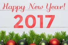 Árbol de abeto de la Navidad con la decoración Feliz Año Nuevo 2017 Fotografía de archivo libre de regalías