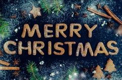 Árbol de abeto de la Navidad en fondo de la pizarra Fotografía de archivo