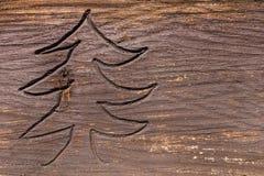 Árbol de abeto tallado en madera resistida Fotografía de archivo