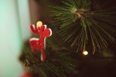 Árbol de la decoración de la Navidad Imágenes de archivo libres de regalías