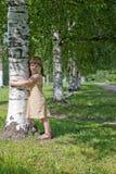 Árbol de la explotación agrícola del niño Imagenes de archivo