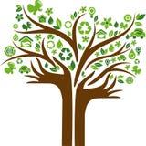 Árbol de los iconos del concepto de la energía de Eco con dos manos Fotos de archivo libres de regalías