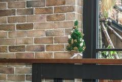 Árbol de Mini Christmas Fotos de archivo libres de regalías
