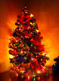 Árbol de navidad brillante imagen de archivo libre de regalías