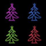 Árbol de navidad colorido de la tarjeta de Navidad cuatro en fondo negro Fotografía de archivo libre de regalías