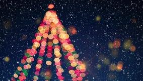 Árbol de navidad con efecto de la nieve y del bokeh stock de ilustración