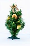 Árbol de navidad con el rectángulo de regalo Fotos de archivo