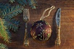 Árbol de navidad con la chuchería Fotos de archivo