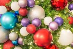 Árbol de navidad con la decoración Imagen de archivo