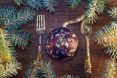 Árbol de navidad con las chucherías Imagen de archivo libre de regalías