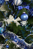 Árbol de navidad con las decoraciones Imagen de archivo