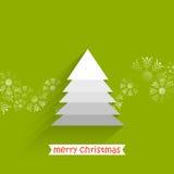 árbol de navidad con las escamas de la nieve Imagen de archivo libre de regalías