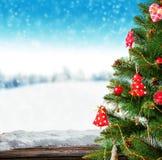 Árbol de navidad con los tablones de madera Foto de archivo