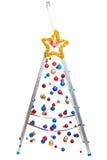 Árbol de navidad creativo - escalera de mano con las bolas de la ejecución Imagen de archivo