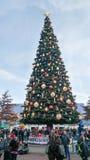 Árbol de navidad de DISNEYLAND PARÍS Imagenes de archivo