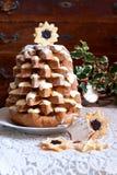 Árbol de navidad de Pandoro en tiempo de la Navidad Fotografía de archivo libre de regalías