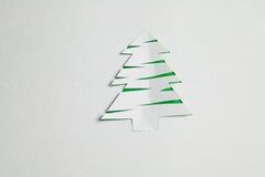 Árbol de navidad de papel Fotos de archivo libres de regalías