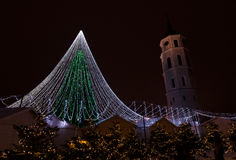 Árbol de navidad de Vilna imagenes de archivo