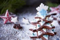 Árbol de navidad del pan de jengibre Fotos de archivo