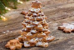 Árbol de navidad del pan de jengibre Imágenes de archivo libres de regalías
