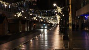 Árbol de navidad en la calle, miércoles 13 de diciembre de 2017 Piotrkows Foto de archivo