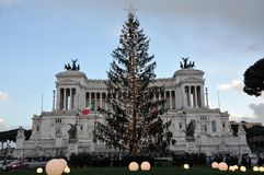 Árbol de navidad en la plaza Venezia en Roma Imagen de archivo