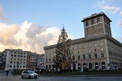 Árbol de navidad en la plaza Venezia en Roma Imágenes de archivo libres de regalías