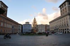 Árbol de navidad en la plaza Venezia en Roma Imagen de archivo libre de regalías