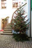 Árbol de navidad en la vieja plaza en Praga Fotografía de archivo