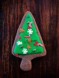 Árbol de navidad en pan de jengibre Imágenes de archivo libres de regalías