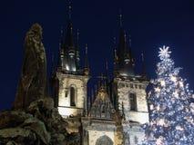 Árbol de navidad en Praga Imágenes de archivo libres de regalías