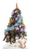 Árbol de navidad en un fondo blanco Imágenes de archivo libres de regalías