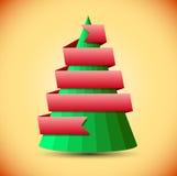 Árbol de navidad geométrico con la cinta roja Fotos de archivo libres de regalías