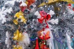 Árbol de navidad interior de Papá Noel del lugar de Hyatt de la estrella de LONGHU en la Navidad 2012 Foto de archivo libre de regalías