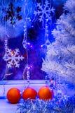 Árbol de navidad, papel pintado de la mandarina Fotos de archivo